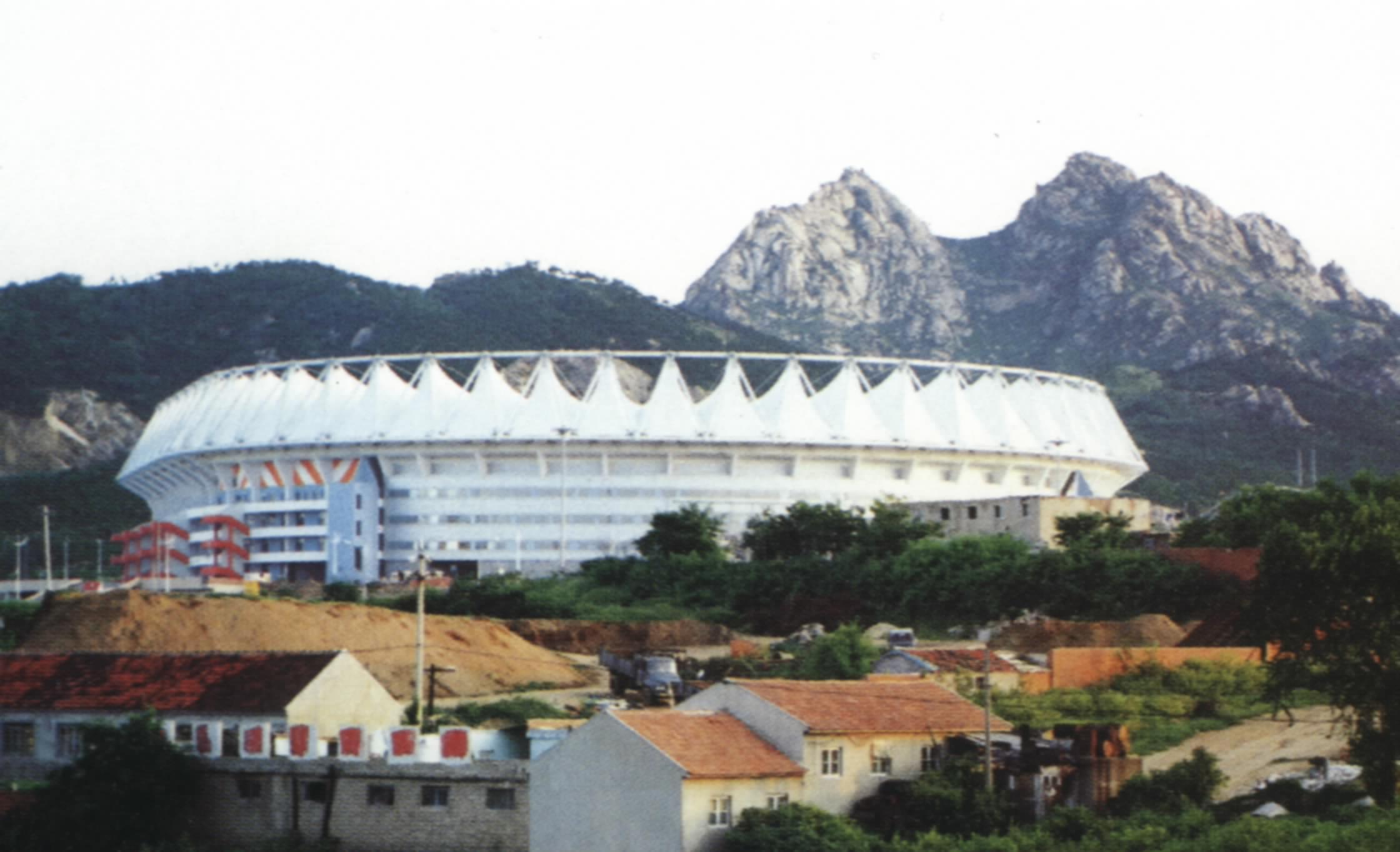 青岛颐中体育场